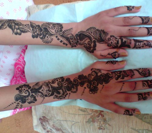 Hire Henna Artist