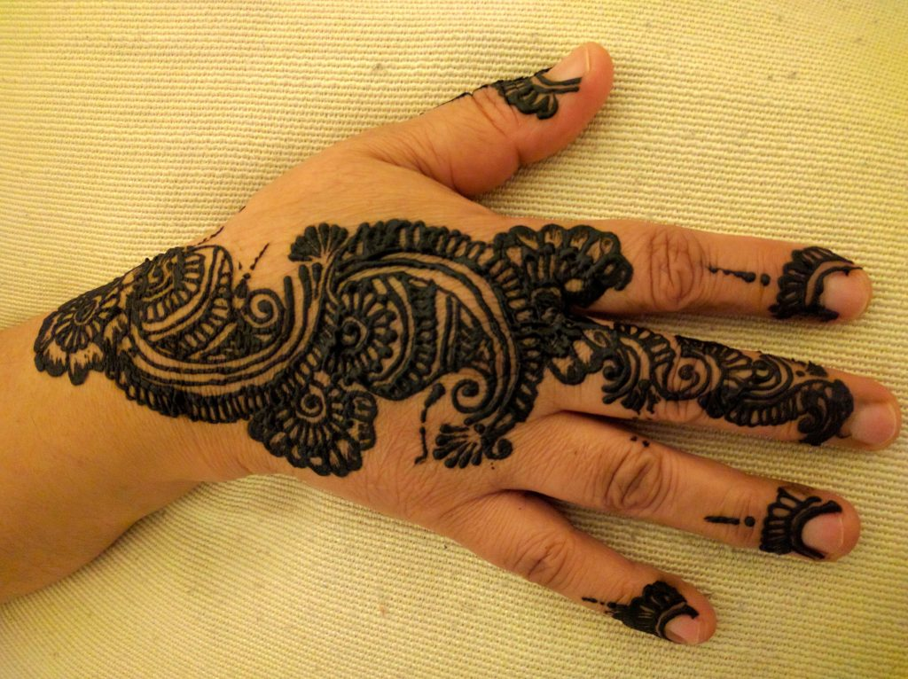 African lily Henna Design