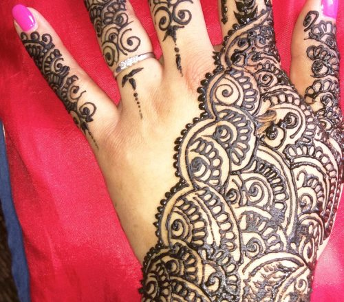Azhara Henna Design
