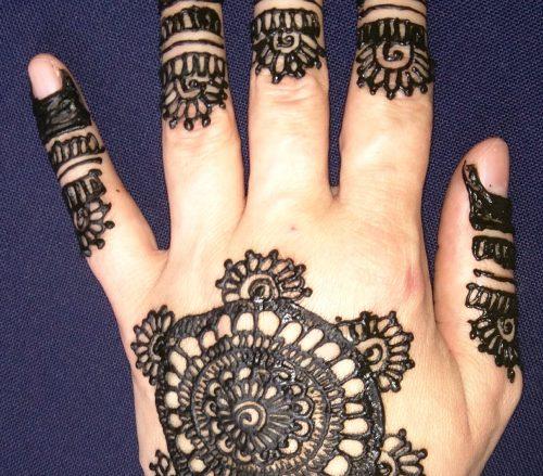 Amaryllis Henna Design