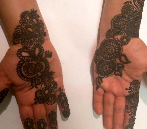 Nafisa Gem Henna Design